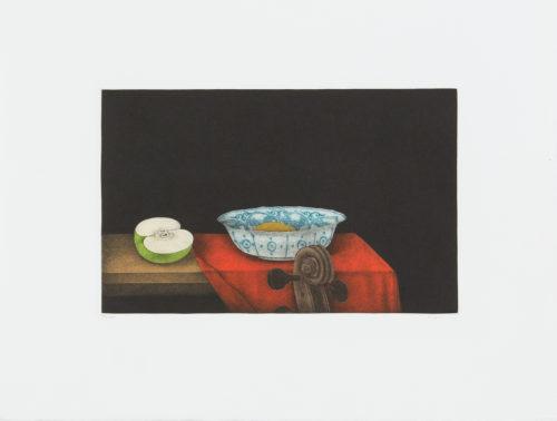 Bowl and violin - Mezzotint, signerat av Tomoe Yokoi.